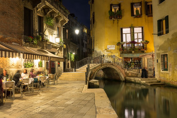 Fototapeta Wenecja Night view of canal in Venice, Italy