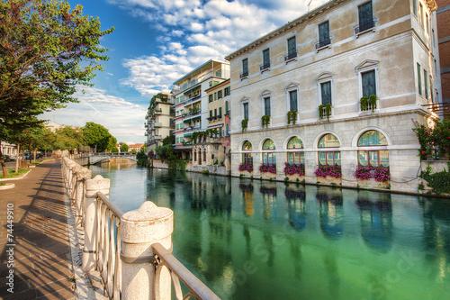 Widok na miasto Treviso,Włochy. - fototapety na wymiar