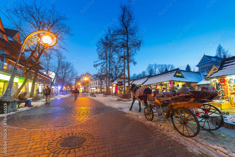 Fototapety, obrazy: Famous Krupowki street in Zakopane, Poland