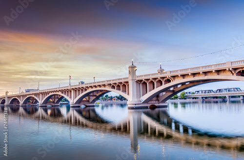Spoed Foto op Canvas Brug City Skyline in Tempe