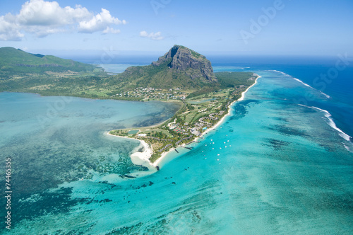 La pose en embrasure Ile Aerial Mauritius