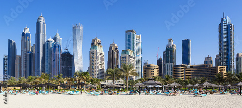 Poster Dubai Panoramic view of famous skyscrapers and jumeirah beach