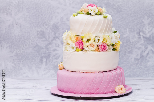 Foto cake with flowers