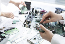 Researchers Have Developed A Motherboard