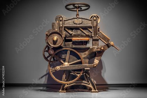 Fotografía  Antique printing press