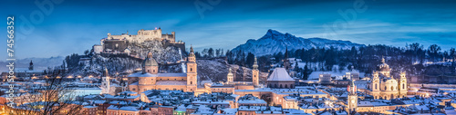 Foto op Plexiglas Panoramafoto s Salzburg winter panorama at blue hour, Salzburger Land, Austria