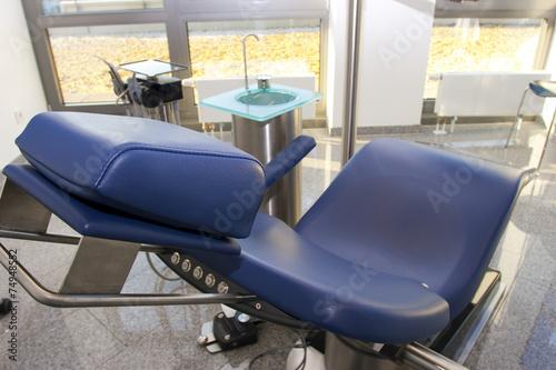 Blaue Stuhl Behandlung Operation medizinische Zahnarzt zVUSMp