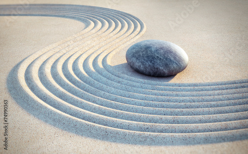 Acrylic Prints Stones in Sand Stein und Linien im Sand