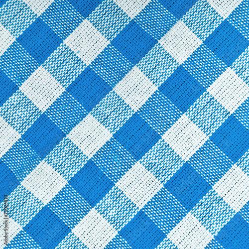 niebiesko-biala-krata