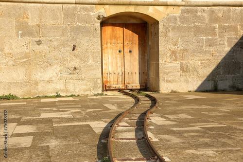 Papiers peints Fortification Tarihi Kale İçinde Raylar