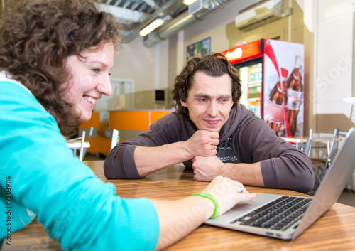 Fotografie, Obraz  Business meeting in informal clothes and place