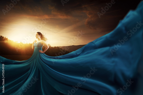 Fotografie, Obraz  Blue flowing dress