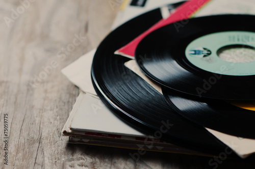 Fotografía  Viejo disco de vinilo