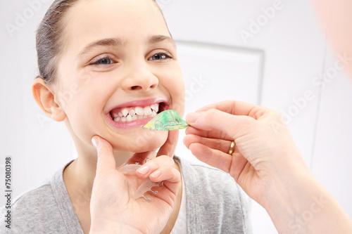 dziecko-u-ortodonty-wada-zgryzu