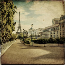 The Eiffel Tower In Paris In V...