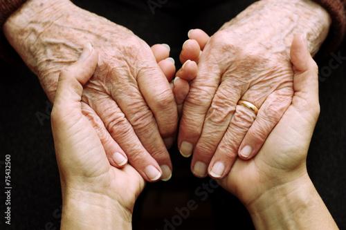 Fotomural  Sostegno e aiuto a persone anziane