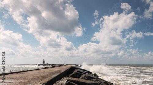 Fotografie, Obraz  Wolkenlucht boven de pier van IJmuiden