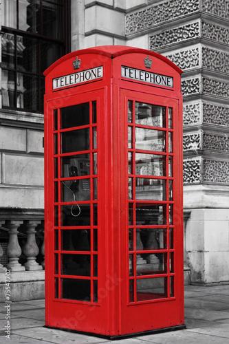 czerwona-budka-telefoniczna