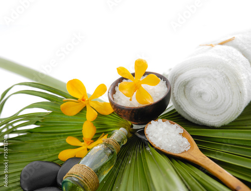 Poster Spa Spa set with spa oil ,towel salt in bowl