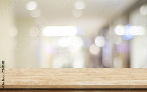 Obraz Empty table and blurred store bokeh background, product display - fototapety do salonu