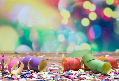 Staande foto Carnaval Luftschlangen Konfetti Party