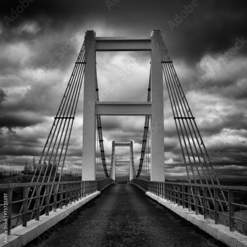 In de dag Brug Symmetrical Bridge