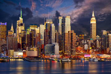 Naklejka Manhattan Midtown skyline at twilight, New York