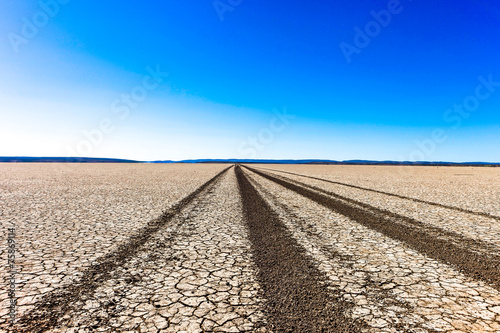 Foto op Canvas Australië Tourist track in outback Western Australia.