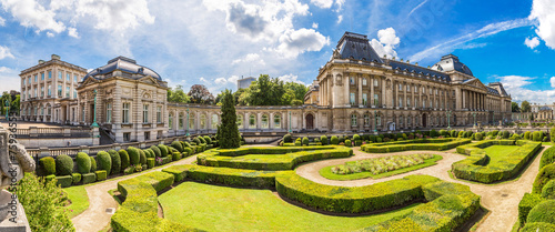Foto auf Gartenposter Brussel The Royal Palace in Brussels