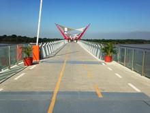Puente Santay