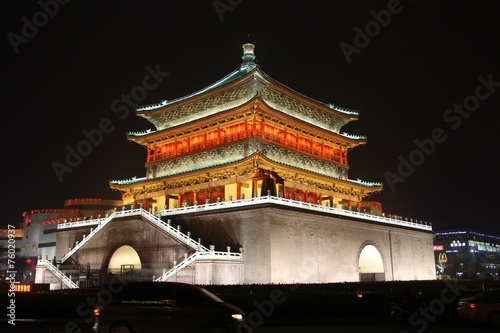 Foto op Aluminium Xian Xi'an Bell Tower at Night
