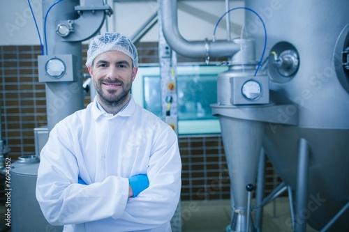 Fotografía  Food technician smiling at camera