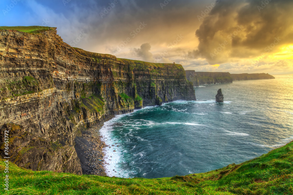 Fototapety, obrazy: Cliffs of Moher at sunset, Co. Clare, Ireland