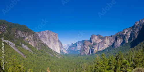 Photo  Yosemite Valley