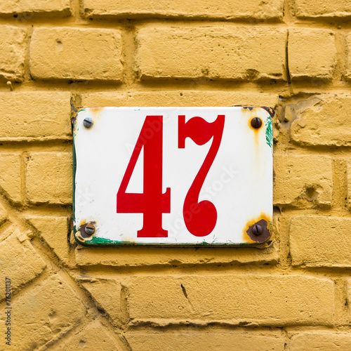 Poster  house number 47