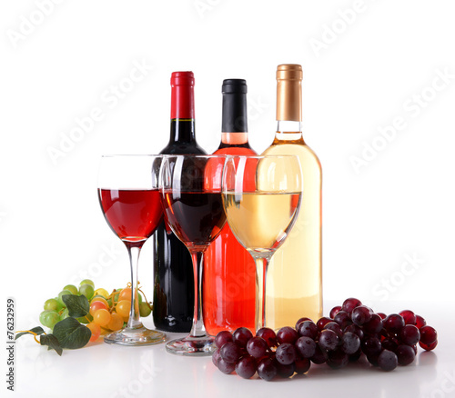 Foto op Plexiglas Bar Different wine isolated on white