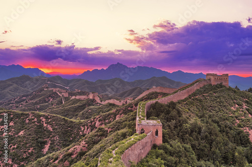 Foto op Plexiglas China skyline and great wall during sunrise