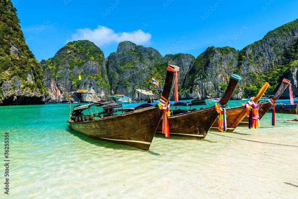 Fototapeta Long-tail boats in Maya Bay, Andaman sea, Thailand, South Asia