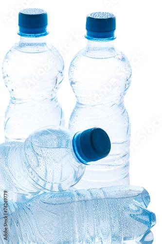 Papiers peints Eau Bottles with water