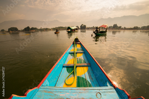 Photo  Boats in Lake Dal Kashmir India