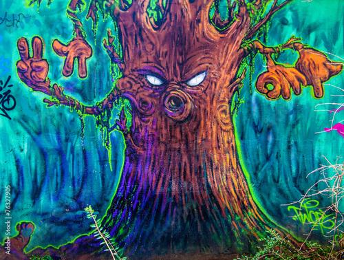 drzewo-graffiti