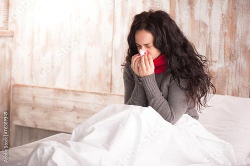 Fotografia, Obraz  Young beauty caught a cold