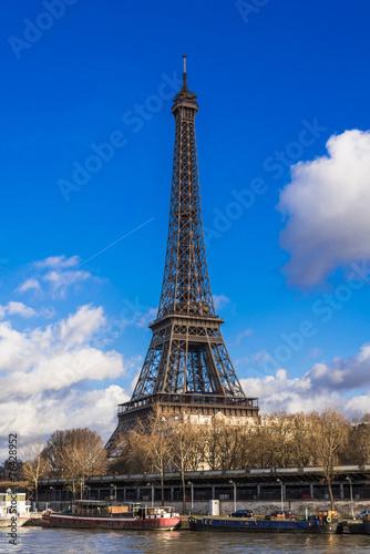 In de dag Parijs パリ エッフェル塔