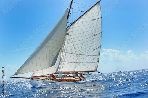 Staande foto Zeilen Yacht