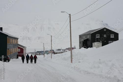 Papiers peints Arctique Straße in Longyearbyen