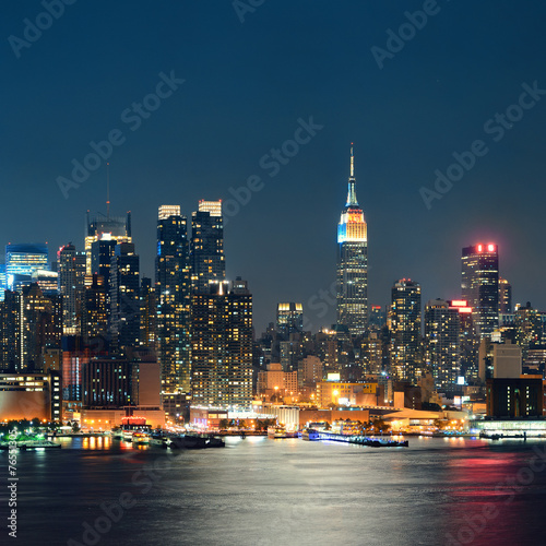 Empire State Building night Canvas Print