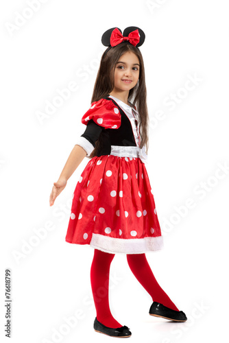 Photo  Little ballet dancer in a cute red costume