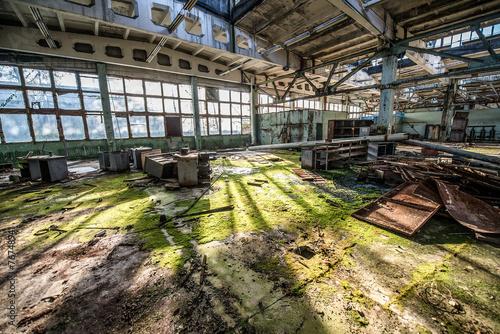 Photo sur Aluminium Les vieux bâtiments abandonnés Jupiter Factory in Pripyat ghost town, Chernobyl Zone, Ukraine
