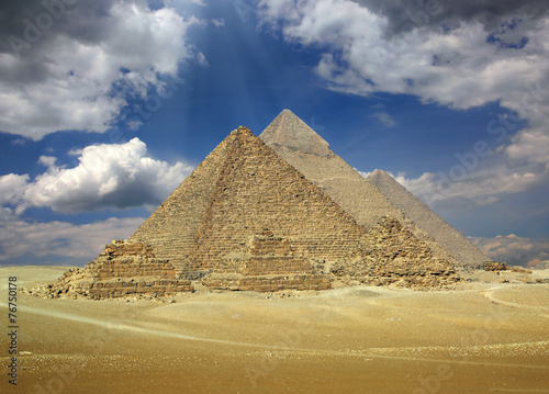 Great pyramids in Egypt #76750178