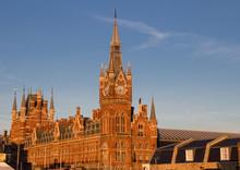 London St. Pancras Railway Sta...